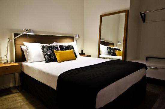 Ovolo Laneways: Bedroom Suite
