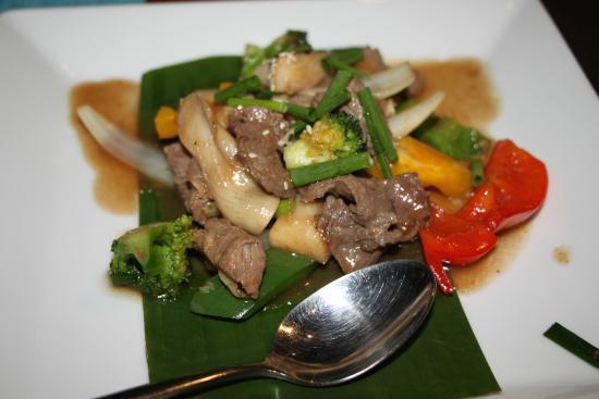 Chomtalay restaurant at Mandarava Resort and Spa: Schwein mit Gemüse