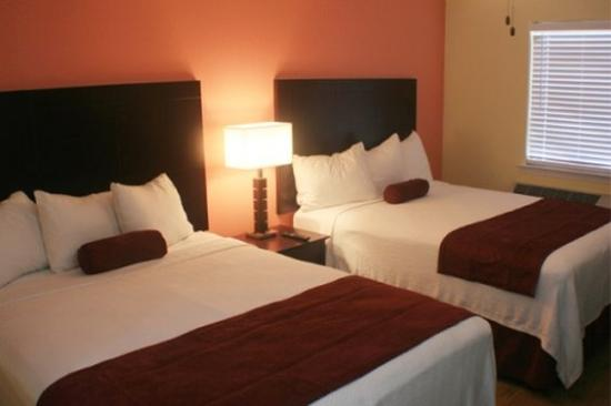 Ocean Village Hotel: Double Queen Room