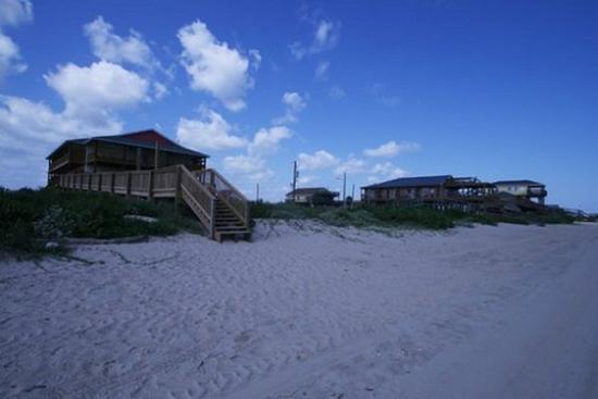 Ocean Village Hotel: Exterior