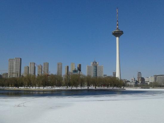 Shenyang TV Tower : 好美的瀋陽廣播電視塔