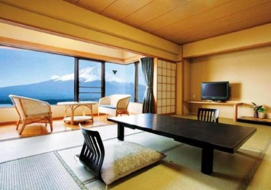 Shuhokaku Kogetsu: Guest Room