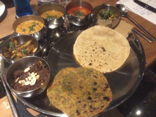 Shakahari: Gujarathi Vegetarian Thali