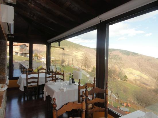 Restaurant Fonda Riga: Comedor con vistas