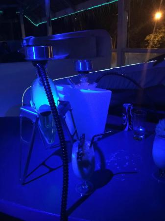 Djouns. Lounge & Shishas: fumo