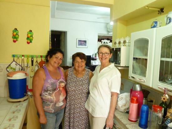 Hostal Mercedes Padron Jimenez: Avec Merce et Suzana