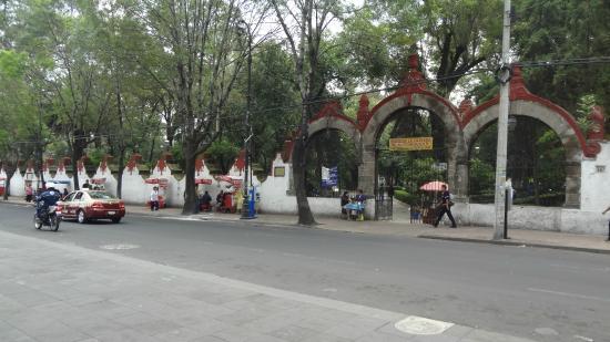 Parroquia de los Santos Apostoles Felipe y Santiago