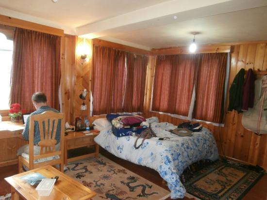 River Lodge: our room