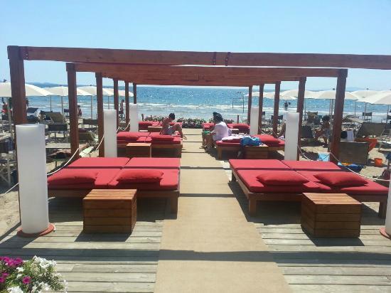 baiamia beach club - Picture of Bagno Baia Mia, Follonica - TripAdvisor