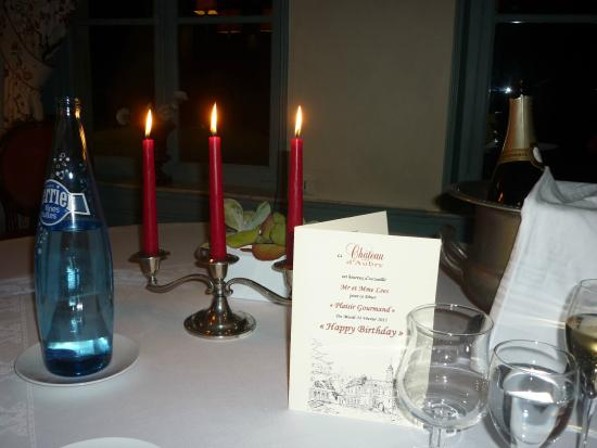 Hotel Chateau d'Aubry : Our dining table with personalised menu