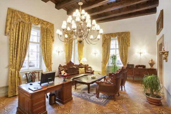 Grand Hotel Praha Reviews