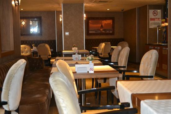 Hotel Momento: The breakfast / dining area