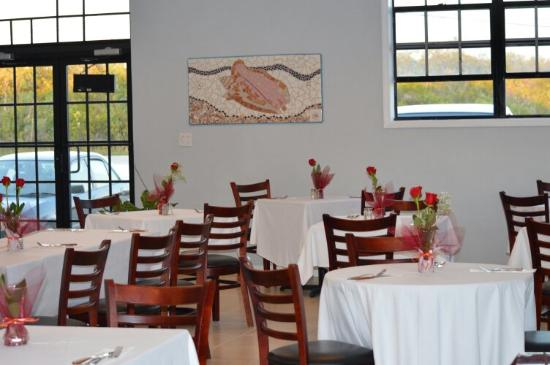 My Dee's Restaurant, Bar & Grill