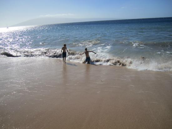 Kahana Sunset: Beach Area