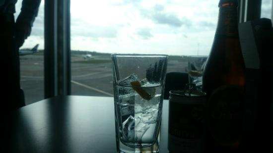 Aspire Lounge: Great View of Planes and Runway