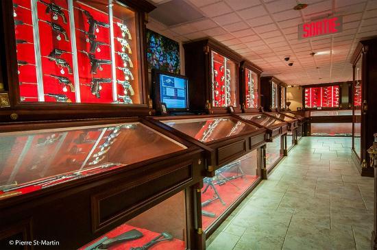 Musee canadien de l'Arme et du Bronze: Musée canadien de l'arme et du bronze