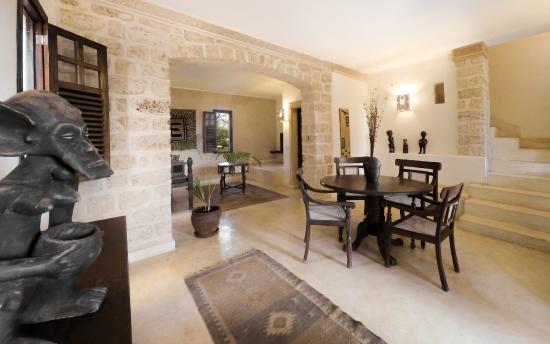 The Charming Lonno Lodge : Two bedroom suite