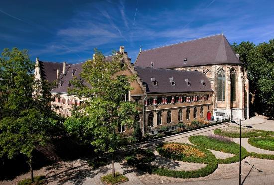 Kruisherenhotel Maastricht: Exterior