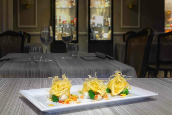 Plaza Lucchesi Hotel: Pasta
