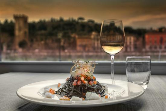 Plaza Lucchesi Hotel: Special dish