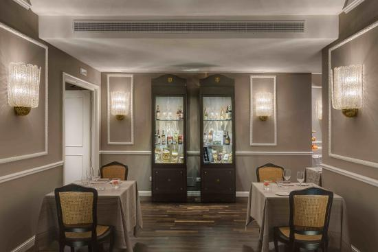 Plaza Lucchesi Hotel: Restaurant