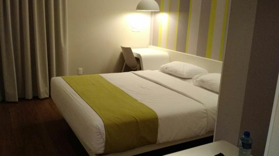 Super  Hotels Room Prices