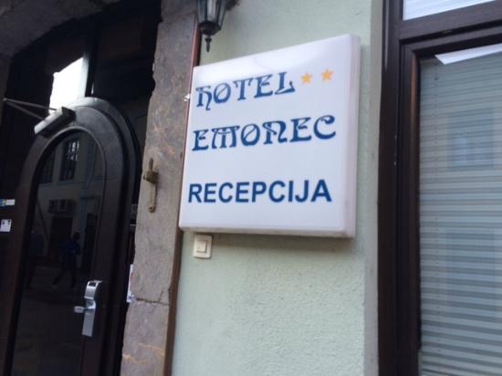Hotel Emonec: Reception