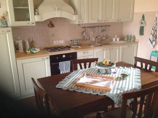 Cucina con soggiorno - Foto di Agriturismo il Poggio di Cantagallina ...
