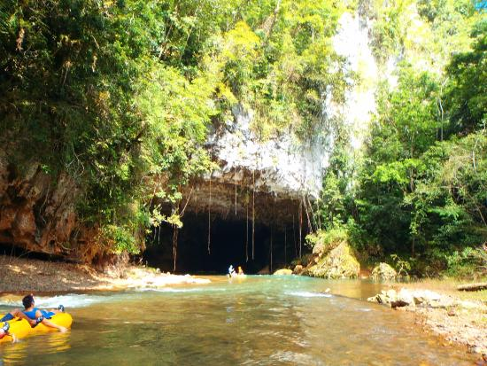 Cavetubing with Major Tom: Mouth of the cave