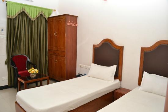 Hotel Shyama