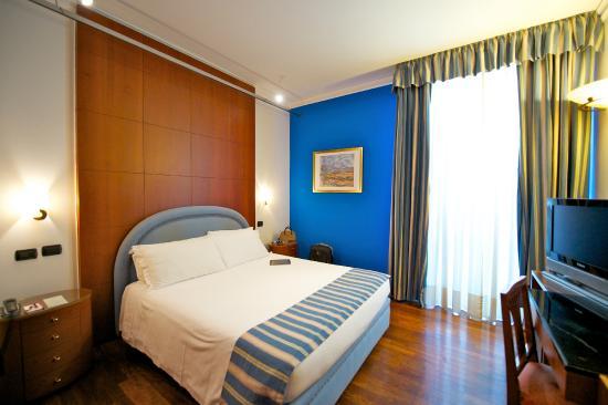 Hotel In Corso Regina Margherita A Torino