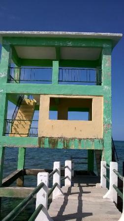 Bontay Baywalk: struttura al termine del pontile