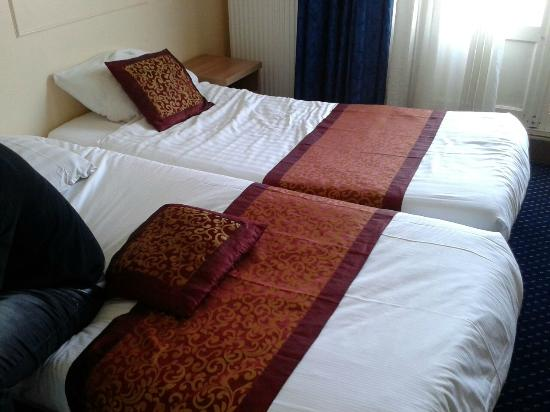 Hotel Washington: Letto