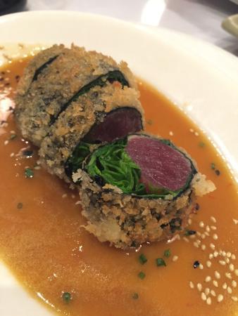 Sansei Seafood Restaurant: Panko Crusted Ahi Roll