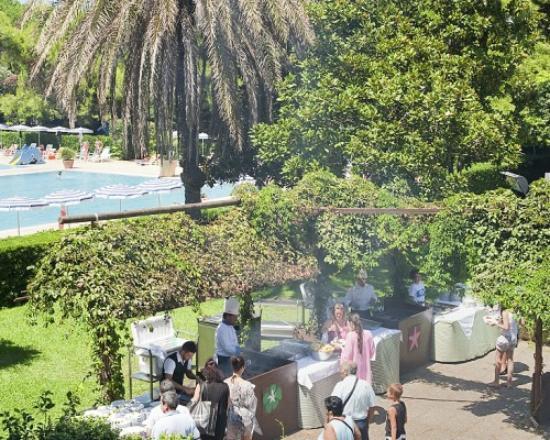 Villaggio Paestum: Grigliate di carne e di pesce