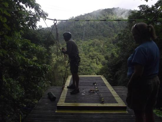 Pacuare Outdoor Center: View of the Tarzan swing platform