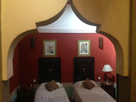 Riad Barroko: Chambre twin beds