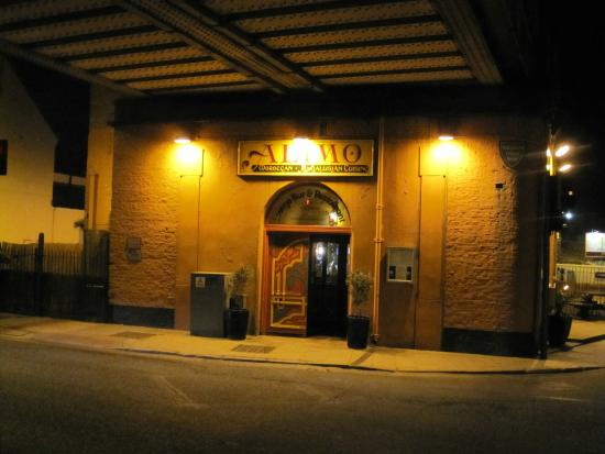 Alimo Restaurant: welcoming exterior