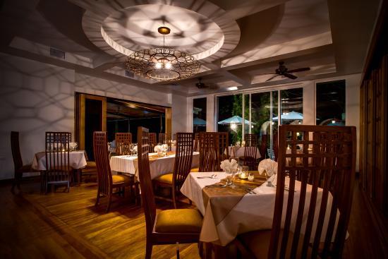 Running W Steakhouse & Restaurant
