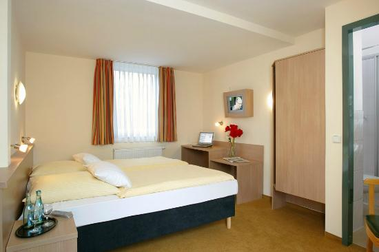 meinHotel: Standartd Zimmer