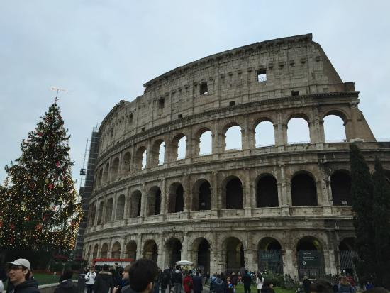 Icon Tours : The Colosseum!
