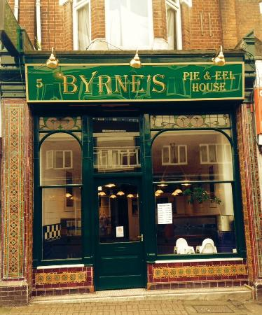 ‪Byrnes Pie & Eel House‬