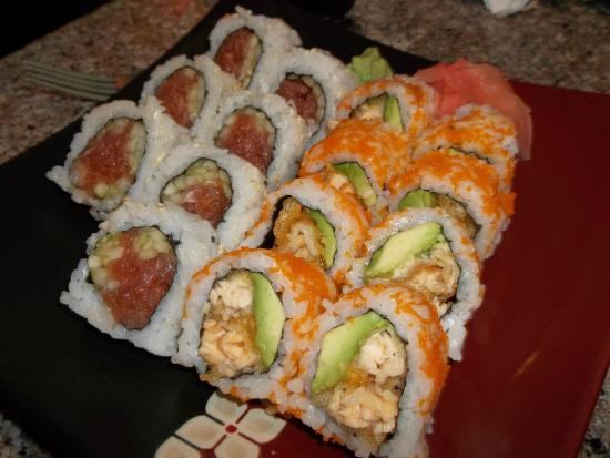 Momiji Japanese & Chinese Restaurant : Sushi