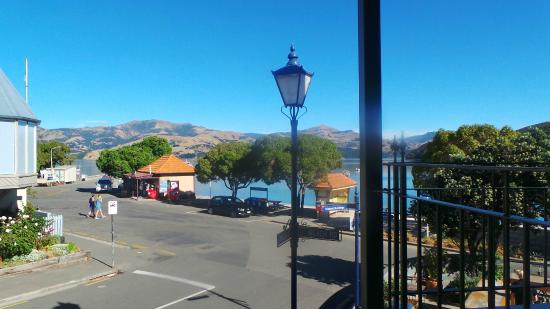 L'Hotel Akaroa: View from the balcony of our room