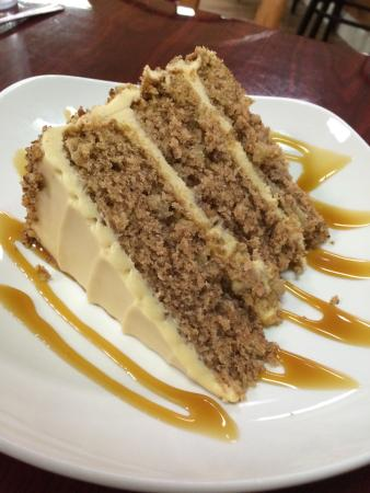 Caramel Apple Cake - Picture of Horse Shoe Cafe, Horse Shoe ...