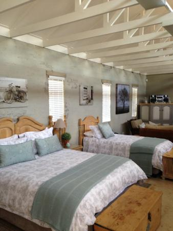 Anne's Place Potchefstroom: Luxury Family suite