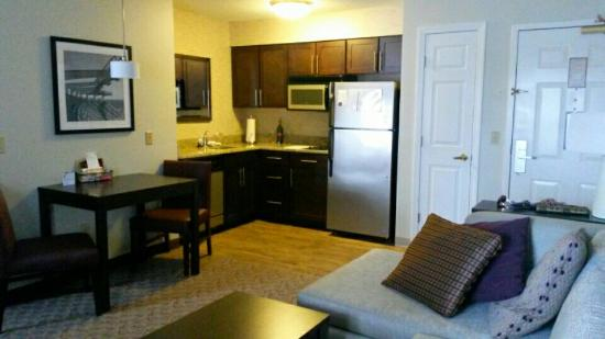 Residence Inn Boston Foxborough: Home away from home ..