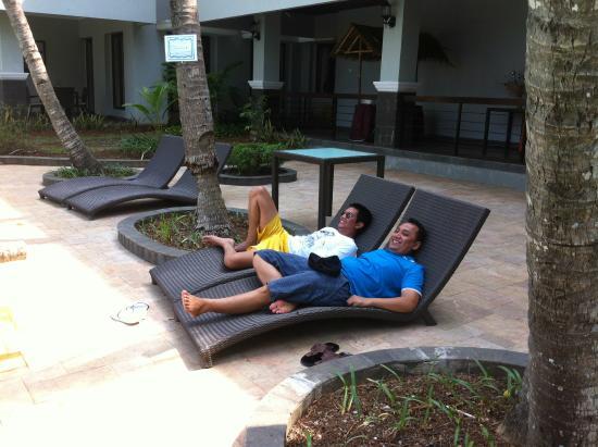 Hotel Di Anyer Karang Bolong