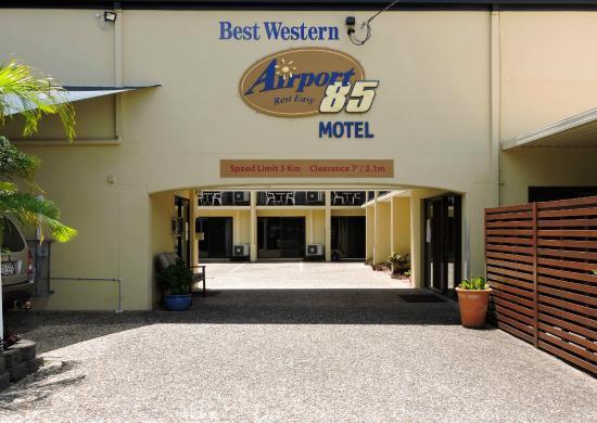 Airport 85 Motel