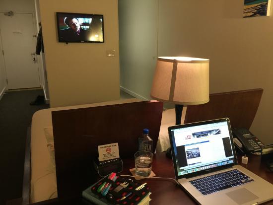 Hotel Ocho: Room